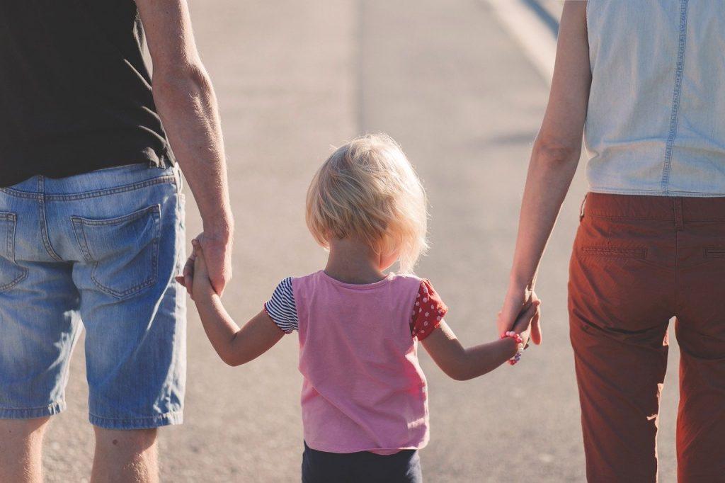 tėvų ir vaiko ryšys